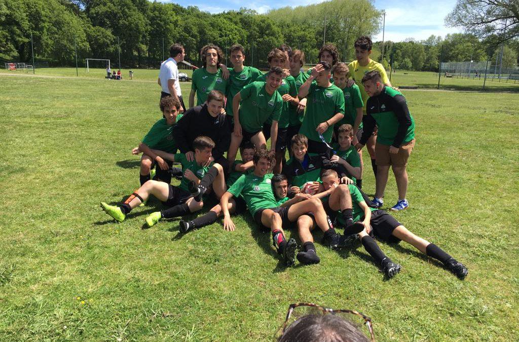 El equipo de juveniles mantiene la categoría